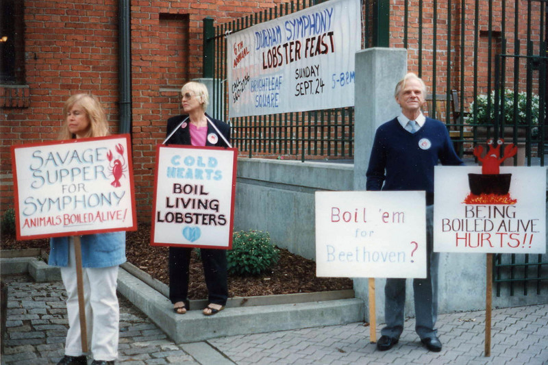 199509 Durham Symphony's Lobster Feast Fundraiser Protest {Courtney Aman}