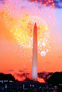 Fireworks from DC on TV Washington Monument
