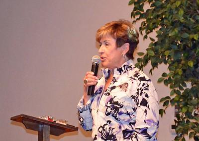 TVSD President Linda Rees