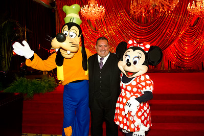 20111104A_339 - The Walt Disney Service Awards, Los Angeles 2011 - The holder of this digital file has permission to print or publish for his or her own private use.