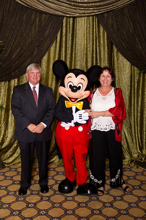 20111104A_018 - The Walt Disney Service Awards, Los Angeles 2011 - The holder of this digital file has permission to print or publish for his or her own private use.