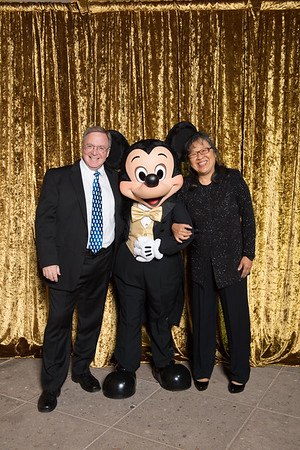 20151106D_Disney_5997 - The Walt Disney Service Awards, Los Angeles 2015 - The holder of this digital file has permission to print or publish for his or her own private use.