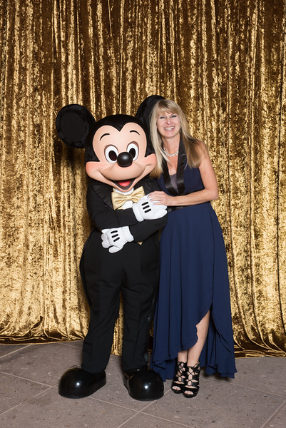 20151105D_Disney_2010 - The Walt Disney Service Awards, Los Angeles 2015 - The holder of this digital file has permission to print or publish for his or her own private use.