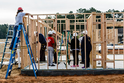 Don Rueter - 2018-11-17 Habitat Wall Raising DAR-2