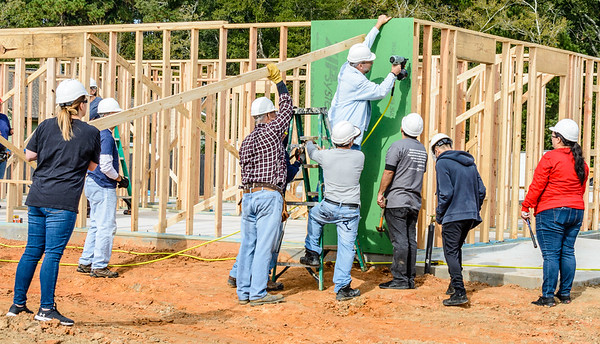 Don Rueter - 2018-11-17 Habitat Wall Raising DAR-34