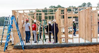 Don Rueter - 2018-11-17 Habitat Wall Raising DAR-3