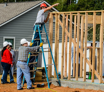 Don Rueter - 2018-11-17 Habitat Wall Raising DAR-9