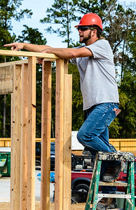 Don Rueter - 2018-11-17 Habitat Wall Raising DAR-28