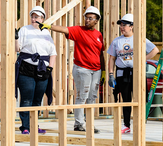 Don Rueter - 2018-11-17 Habitat Wall Raising DAR-21