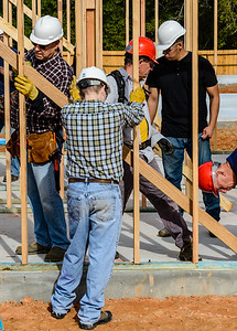 Don Rueter - 2018-11-17 Habitat Wall Raising DAR-14