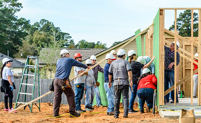 Don Rueter - 2018-11-17 Habitat Wall Raising DAR-44