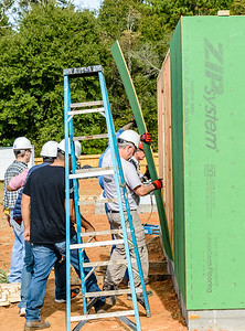Don Rueter - 2018-11-17 Habitat Wall Raising DAR-37