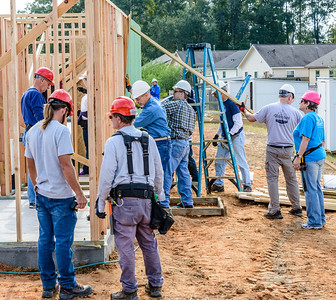 Don Rueter - 2018-11-17 Habitat Wall Raising DAR-47