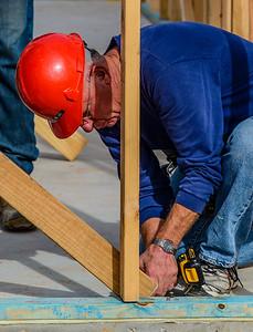 Don Rueter - 2018-11-17 Habitat Wall Raising DAR-15