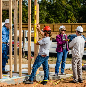 Don Rueter - 2018-11-17 Habitat Wall Raising DAR-13