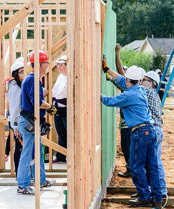 Don Rueter - 2018-11-17 Habitat Wall Raising DAR-46
