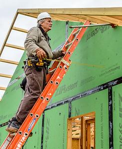 Don Rueter - 12-12-2018 Habitat Roof Work DAR-30
