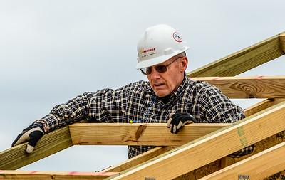 Don Rueter - 12-12-2018 Habitat Roof Work DAR-27