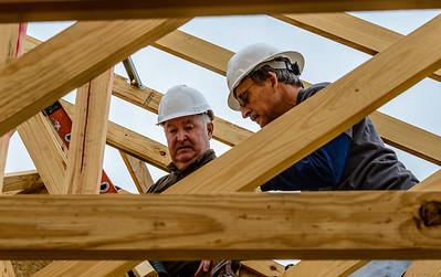 Don Rueter - 12-12-2018 Habitat Roof Work DAR-34