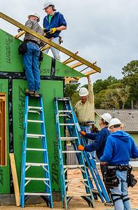 Don Rueter - 12-12-2018 Habitat Roof Work DAR-38