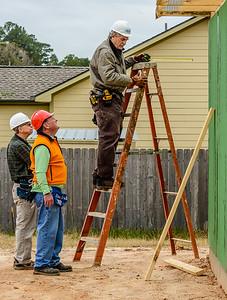Don Rueter - 12-12-2018 Habitat Roof Work DAR-37