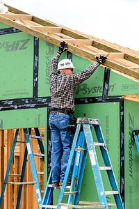 Don Rueter - 12-12-2018 Habitat Roof Work DAR-14