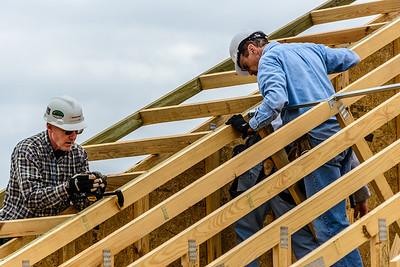 Don Rueter - 12-12-2018 Habitat Roof Work DAR-23