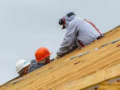 Don Rueter - 12-12-2018 Habitat Roof Work DAR-2
