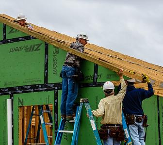 Don Rueter - 12-12-2018 Habitat Roof Work DAR-17