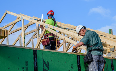 Don Rueter - Habitat Truss Raising-17