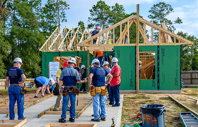 Don Rueter - Habitat Truss Raising-8