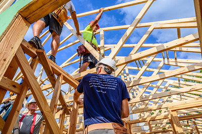 Don Rueter - Habitat Truss Raising-26