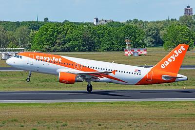 easyJet Europe Airbus A320-214 OE-IZE 5-23-19