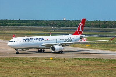 Turkish Airlines Airbus A330-343 TC-LOG 5-24-19