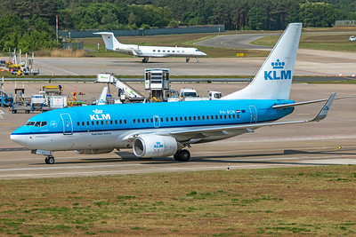 KLM Royal Dutch Airlines Boeing 737-7K2 PH-BGN 5-24-19