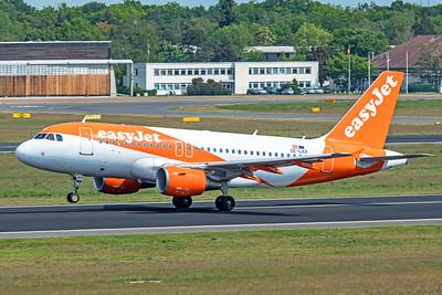easyJet Europe Airbus A319-111 OE-LKP 5-24-19