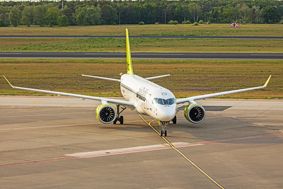 Air Baltic Airbus A220-300 YL-CSG 5-23-19