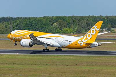 Scoot Boeing 787-8 Dreamliner 9V-OFH 5-24-19