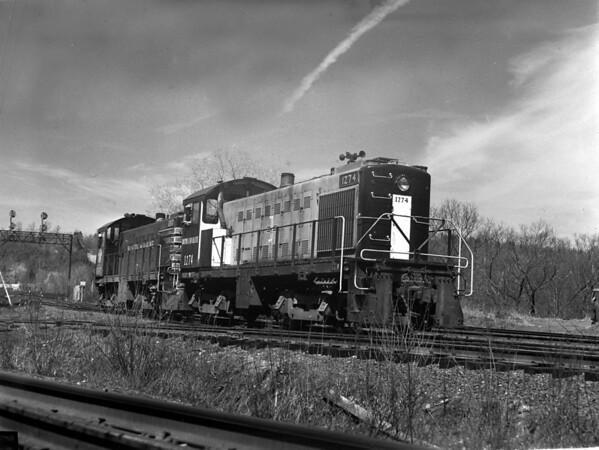B&M Fitchburg, MA - TAA-B&M-032-2K