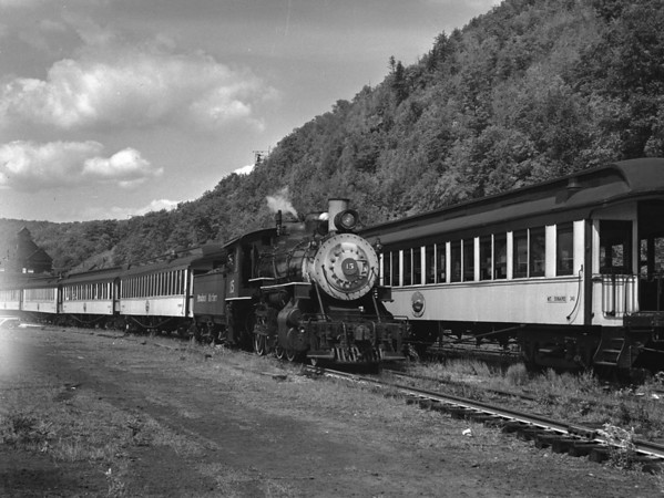 #15 at N. Walpole (Bellows Falls) leaving for Westmoreland Summit. TAA-ST-003-3_K