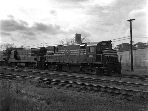New NH units at Worc. engine yard - TAA-NH-003-7K