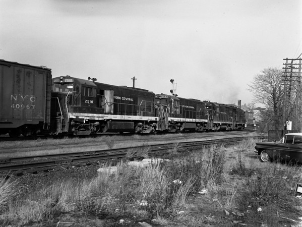 NYC-Worcester, MA, Putnam Lane, MP43, eastbound Freight