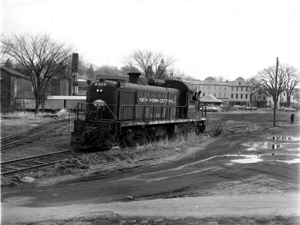 NYC-Spencer, MA, depot in background - RARE
