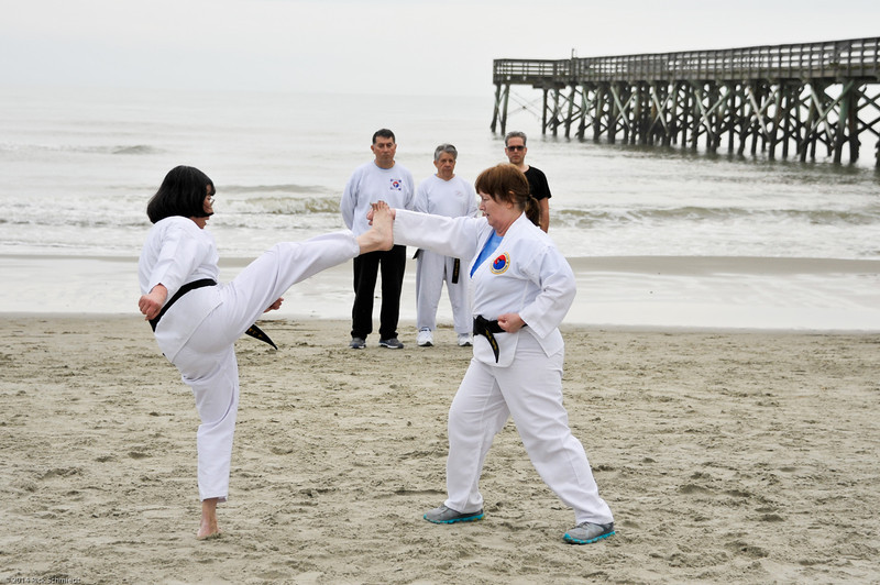 TKD 2014 IOP Black Belt Test & Beach Workout-318