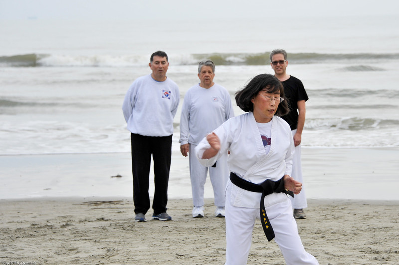 TKD 2014 IOP Black Belt Test & Beach Workout-310