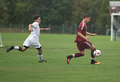Boys' Varsity soccer vs Hopkins School