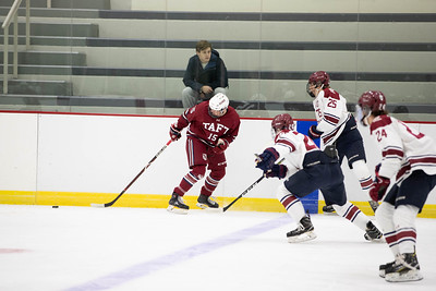 Boys' Varsity Hockey v Avon Old Farms