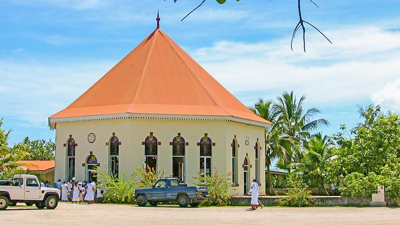 round church (2 of 5)