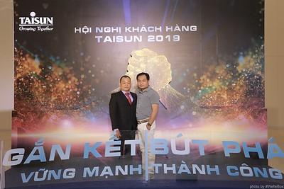 Taisun-Hoi-Nghi-Khach-Hang-2019-instant-print-photobooth-chup-anh-in-hinh-lay-lien-Su-kien-WefieBox-photobooth-vietnam-044