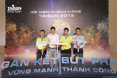 Taisun-Hoi-Nghi-Khach-Hang-2019-instant-print-photobooth-chup-anh-in-hinh-lay-lien-Su-kien-WefieBox-photobooth-vietnam-021